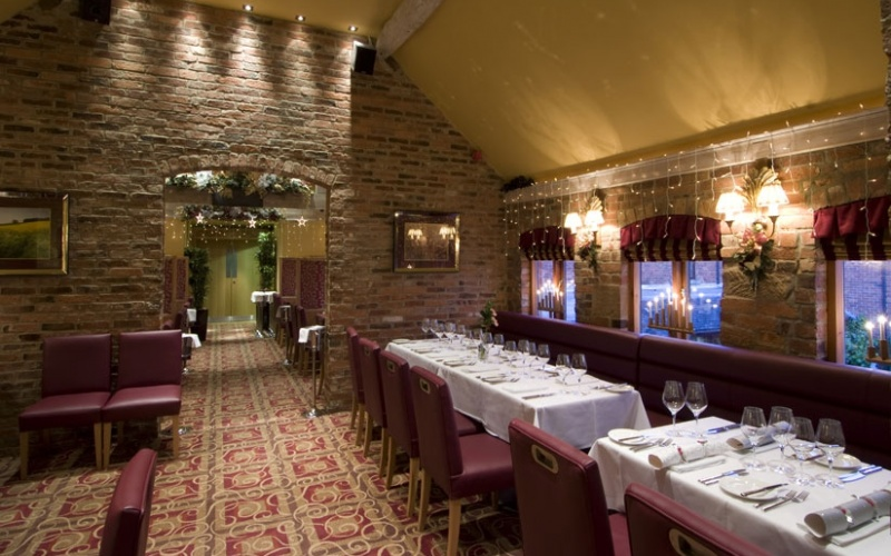 Dovecote Restaurant - Morley Hayes Golf Course