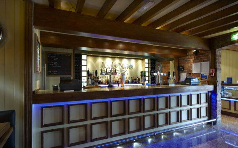 Roosters Bar - Morley Hayes Golf Course
